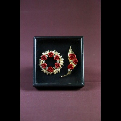Broches Roses
