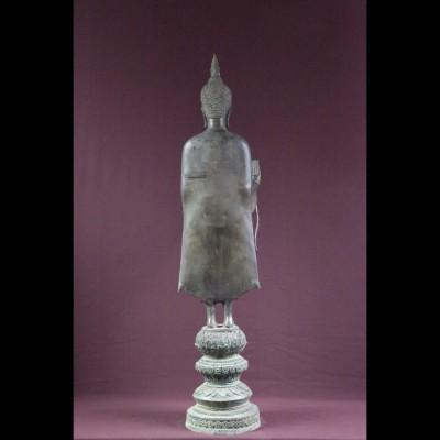 Bouddha bronze debout main devant