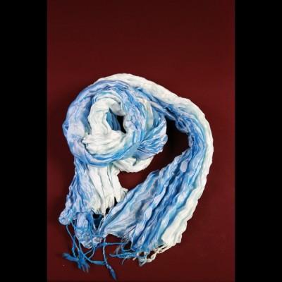 Foulard en soie bleu azur