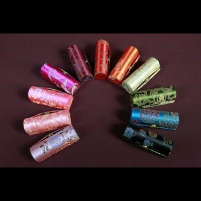 Etui pour rouge à lèvre traditionnel
